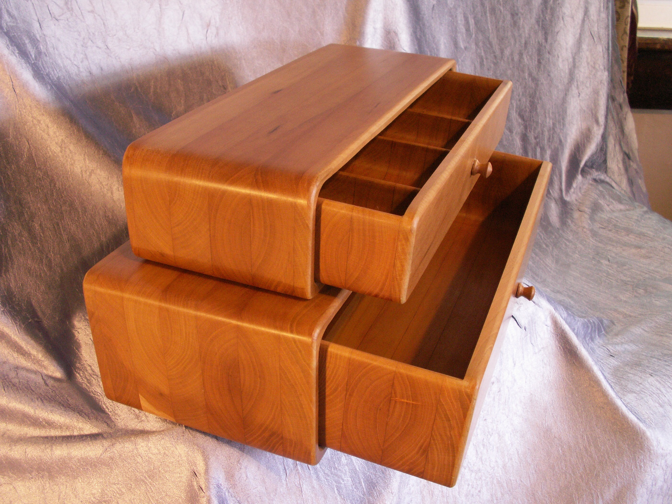 wide 2 drawer, cherry
